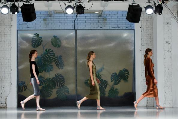Barbara Casasola: Runway - London Fashion Week SS15